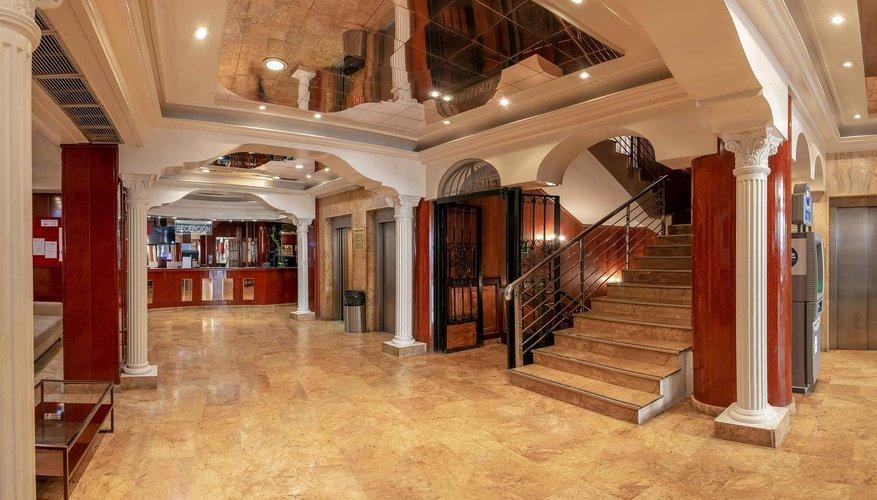 Reception magic cristal park hotel benidorm