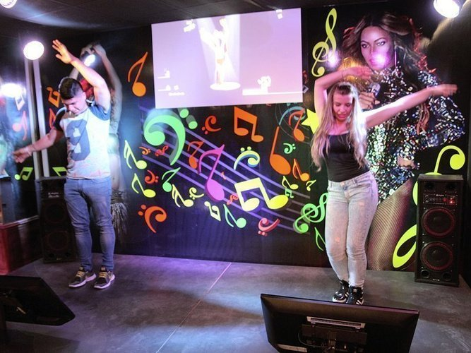 Game experience-disco zone magic cristal park hotel benidorm