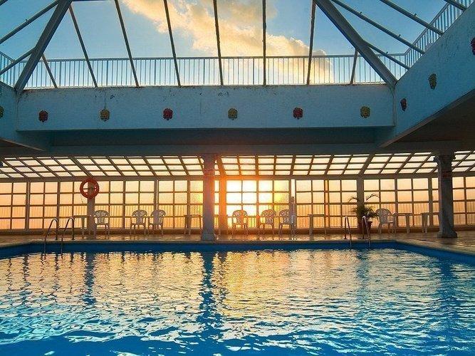 Indoor swimming pool Magic Cristal Park Hotel Benidorm
